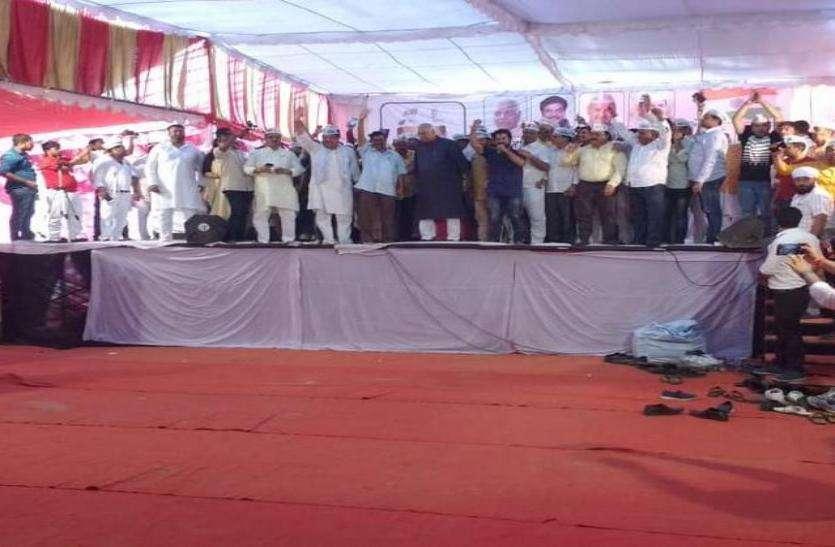 शत्रुघ्न सिन्हा व यशवंत सिन्हा ने आप के मंच से बोला पीएम मोदी व भाजपा सरकार पर बड़ा हमला