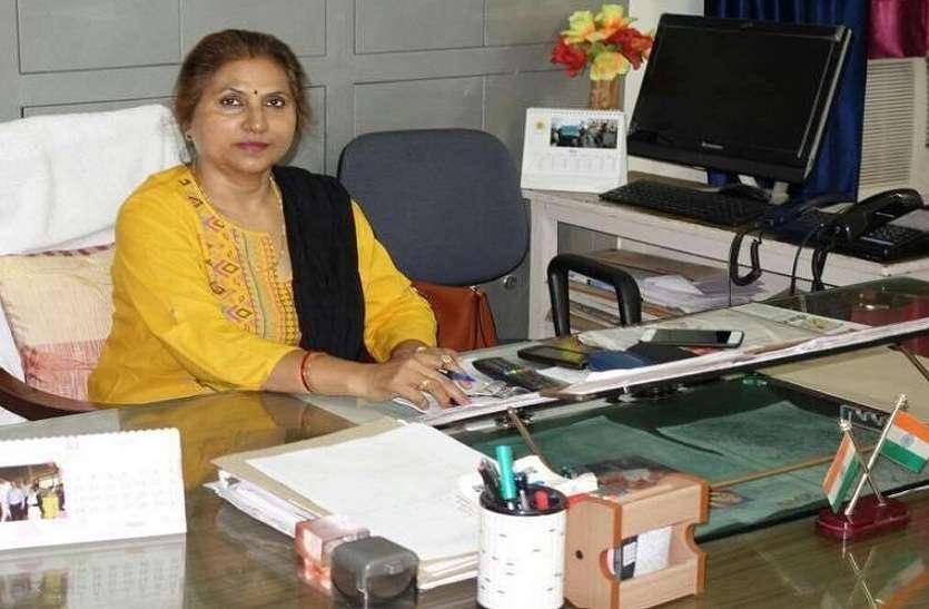 68500 शिक्षक भर्ती में गड़बड़ी पर योगी सरकार ने सचिव सुत्ता सिंह को किया निलम्बित, जांच कमेटी गठित