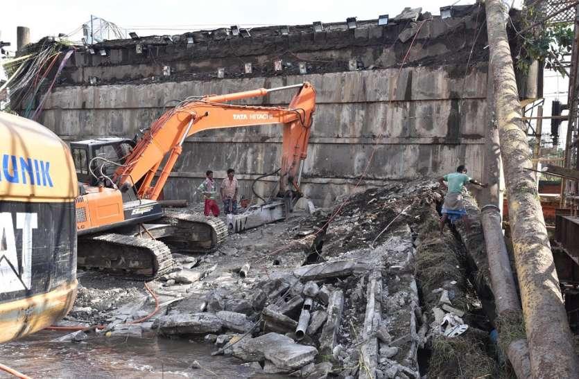 कोलकाता के 4 ब्रिज से ट्रकों के आवागमन पर रोक