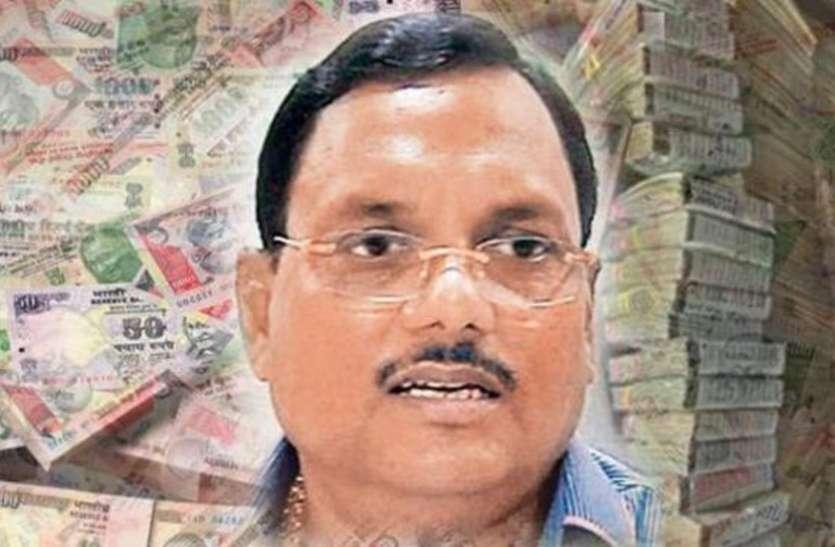 यादव सिंह और उसके परिवार पर आरोप तय, अब कुल 9 लोगों पर चलेगा केस