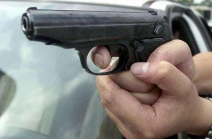 दिल्लीः कार का साइड मिरर टच होने से छिड़ी बहस, फायरिंग में एक की मौत