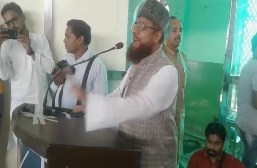 शिया वक्फ बोर्ड के चेयरमैन वसीम रिजवी को मौलानाओं ने बताया, RSS का एजेंट