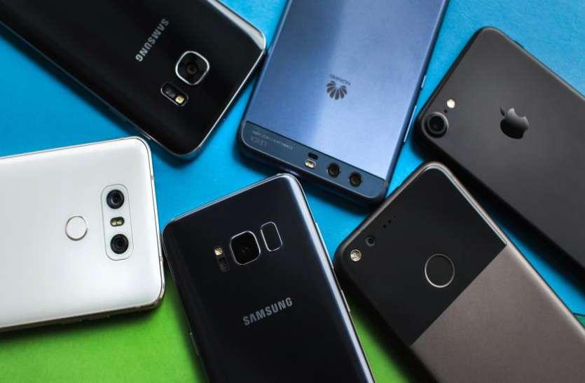 देश के इस मार्केट में मिलते हैं चीन से भी सस्ते स्मार्टफोन्स