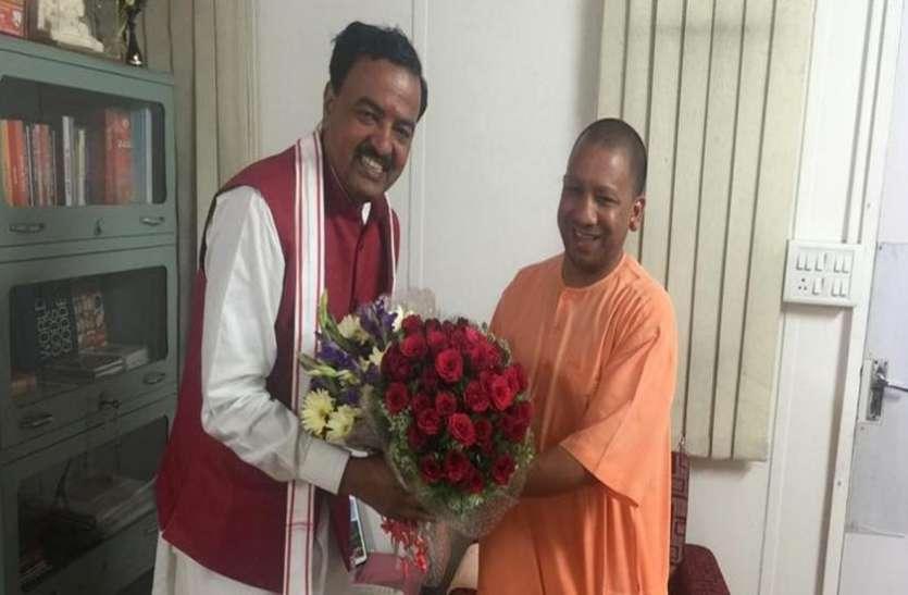 दिल्ली-यमुनोत्री हाई-वे का शिलान्यास करने के लिए केन्द्रीय मंत्री गडकरी के साथ पहुंचेंगे सीएम योगी