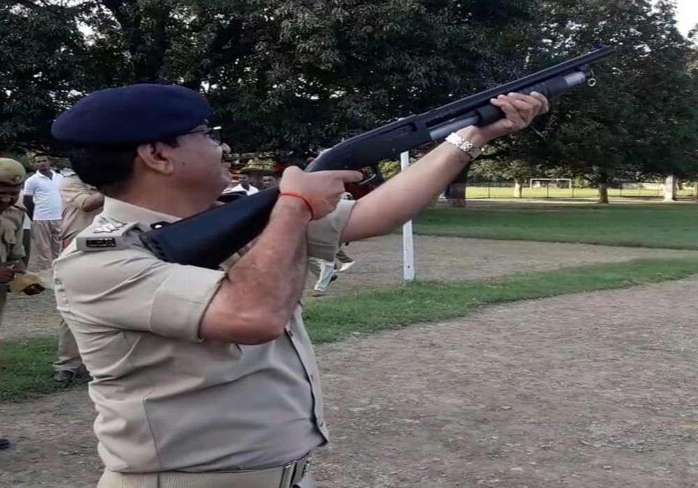 IG Sujeet Pandey participate in police mock drill Lakhimpur Kheri news