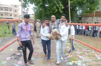 जेएनवीयू छात्रसंघ चुनाव : दिव्यांग विद्यार्थियों ने उत्साहपूर्वक दिया वोट, प्रत्याशियों ने की आवभगत