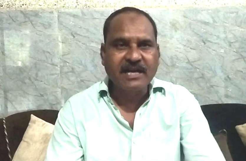 वक्फ विकास निगम के निदेशक ने ताजमहल, किला, सीकरी पर किया दावा, देखें वीडियो