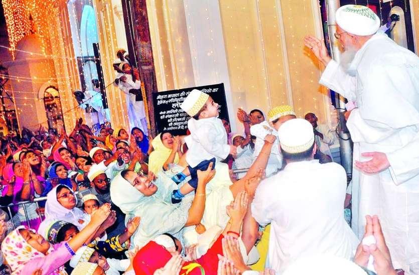 52 साल पहले जिस मस्जिद में पहली वाअज फरमाई, वहीं अब सैयदना बनकर पहुंचे मुफद्दल मौला
