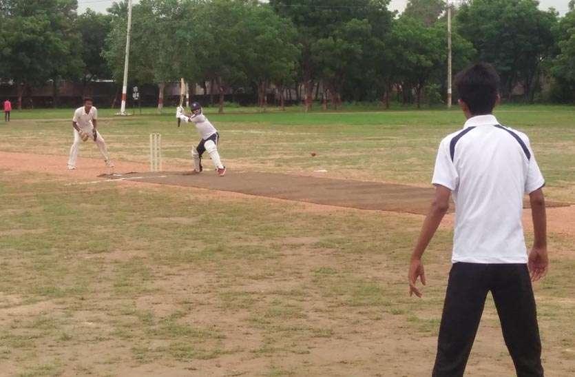 वनस्थली बनी क्रिकेट में चैम्पियन