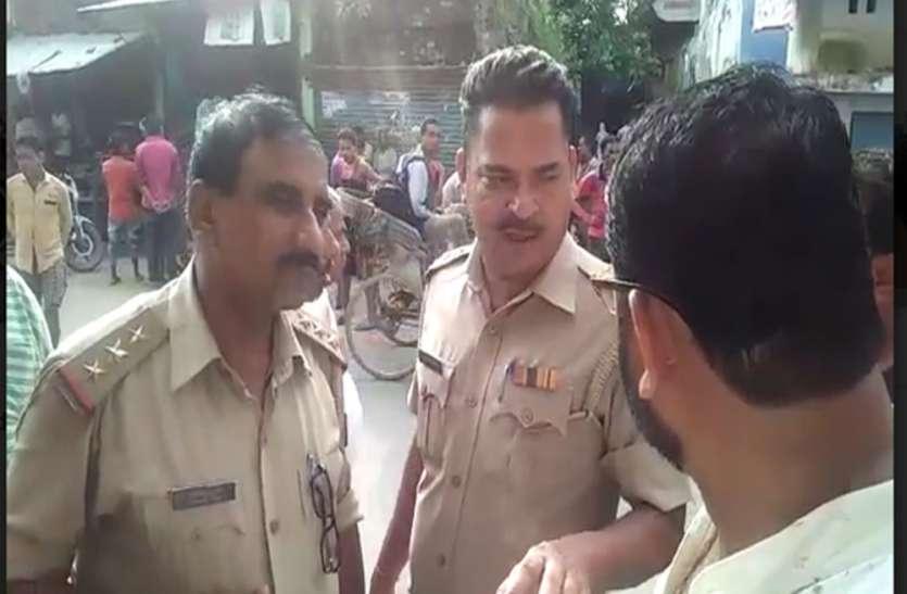 थाने के सामने चोरों ने ज्वैलरी शॉप का ताला तोड़कर उठाए लाखों रुपए
