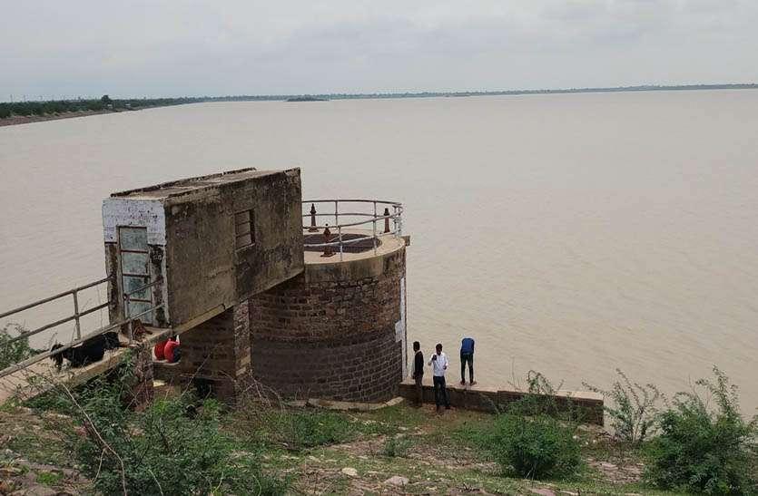 उनियारा क्षेत्र के बांधों में पानी की आवक जारी, भूमिगत जलस्तर में होने लगा सुधार