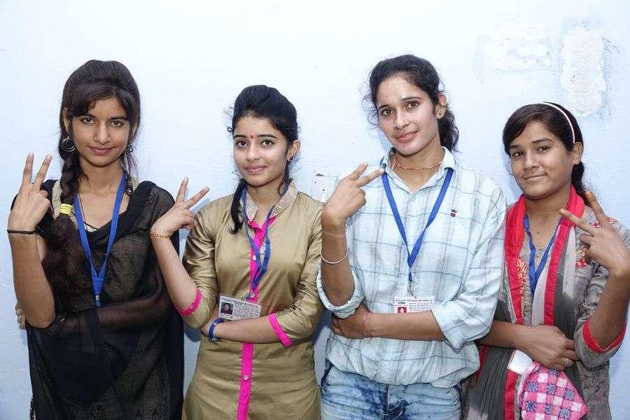 कॉलेजों में बन गई छात्रों की सरकार
