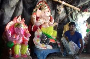 प्रतिमाओं को अंतिम रुप देने में जुटे कलाकार, घर घर होगी गणपति की पूजा