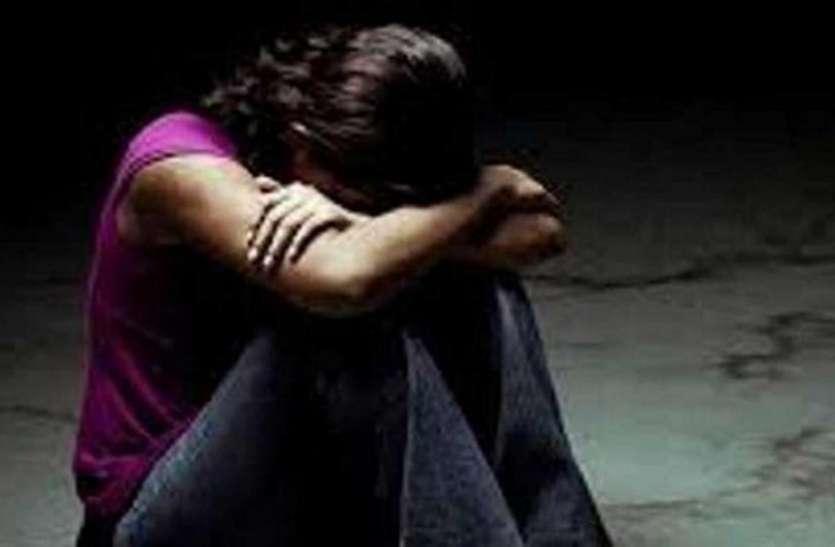 जम्मू-कश्मीर पुलिस का कांस्टेबल दिल्ली में दो साल से युवती के साथ कर रहा था दुष्कर्म, सामने आया चौंकाने वाला एंगल