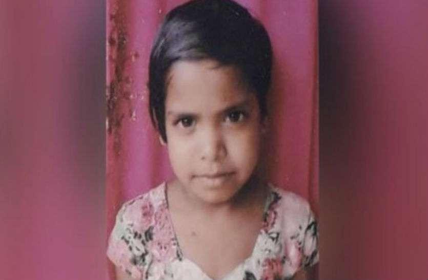 दिल्ली के बाद यूपी के हाथरस में आठ साल की बच्ची की भुखमरी से मौत, दूसरी गंभीर हालत में अस्पताल में भर्ती