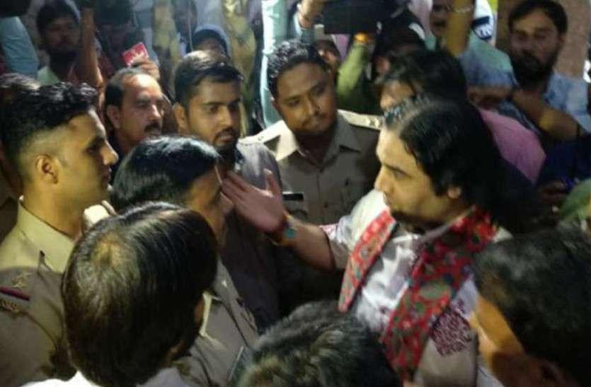 कथावाचक देवकीनंदन की गिरफ़्तारी से राजस्थान के अनुयायियों में भी नाराज़गी, जानें पूरामामला