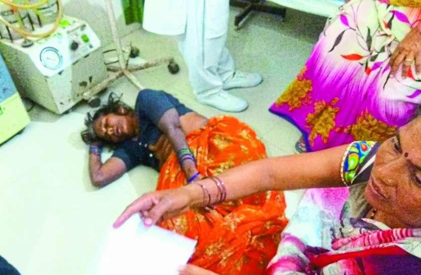 OPD पर्ची के लिए मुसीबत की कतार, गश खाकर गिर रहे मरीज, ये 3 केस खोल देंगे व्यवस्थाओं की पोल