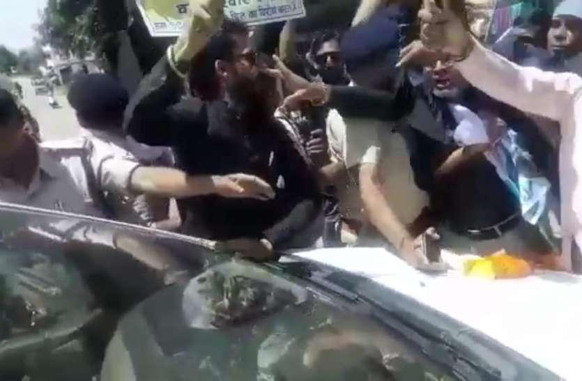 मध्य प्रदेश में सांसद संजय सिंह पर हमले से भड़की आप कहा शिवराज करें कार्यवाही