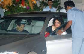 आमिर खान को बेहद पसंद है Ford की ये सस्ती कार, अक्सर दिखते हैं इसकी सवारी करते