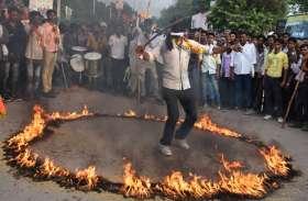 भक्तिमय माहौल के बीच निकाली बाबा रामदेव की शोभायात्रा