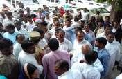 कैबिनेट मंत्री रीता बहुगुणा जोशी की बैठक में हंगामा, ज़िला पंचायत सदस्यों ने किया वाक आउट