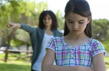 घर में पैरेंट्स अपने बच्चे से कभी न करें ये उम्मीदें, डिप्ररेशन की हो सकती है शिकायत