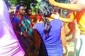 रेप के कारण प्रग्नेंट हो गई 14 साल की नाबालिग, इंसाफ दिलाने के बजाए गांव वालों ने कर दी पिटाई और कहा....