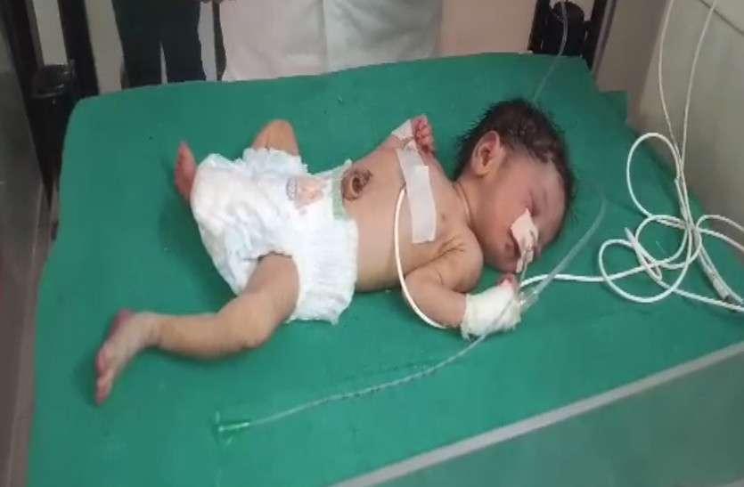 मानवता फिर हुई शर्मसार: दो दिन की नवजात बच्ची को ओवरब्रिज के नीचे लावारिस छोड़ा