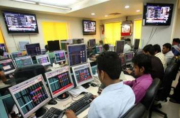 शेयर बाजार की सपाट शुरुआत, फार्मा सेक्टर में बिकवाली, एक बार फिर रिकाॅर्ड निचले स्तर पर रुपया