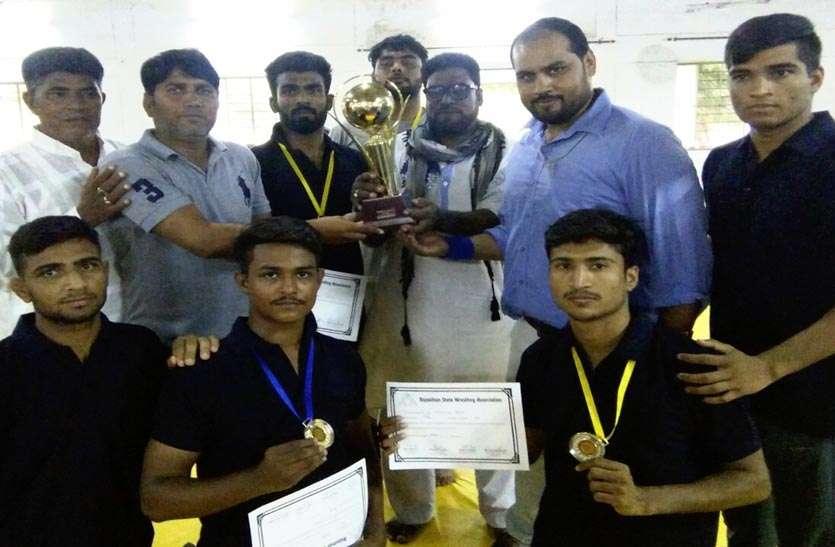 Sport News: टोंक के पहलवानों ने 5 स्वर्ण तथा एक रजत पदक जीत राज्य स्तर पर बने चैम्पियन