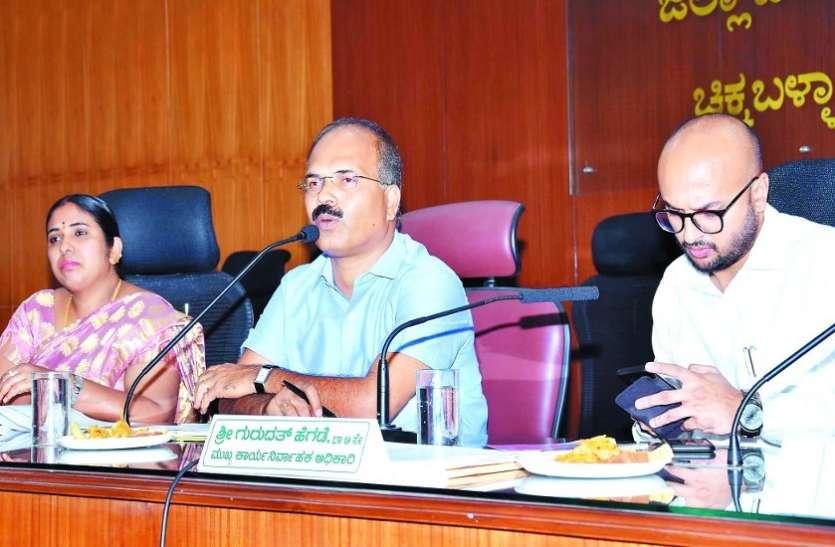 संभावित सूखे से निपटने की करें तैयारी : मंजुनाथ