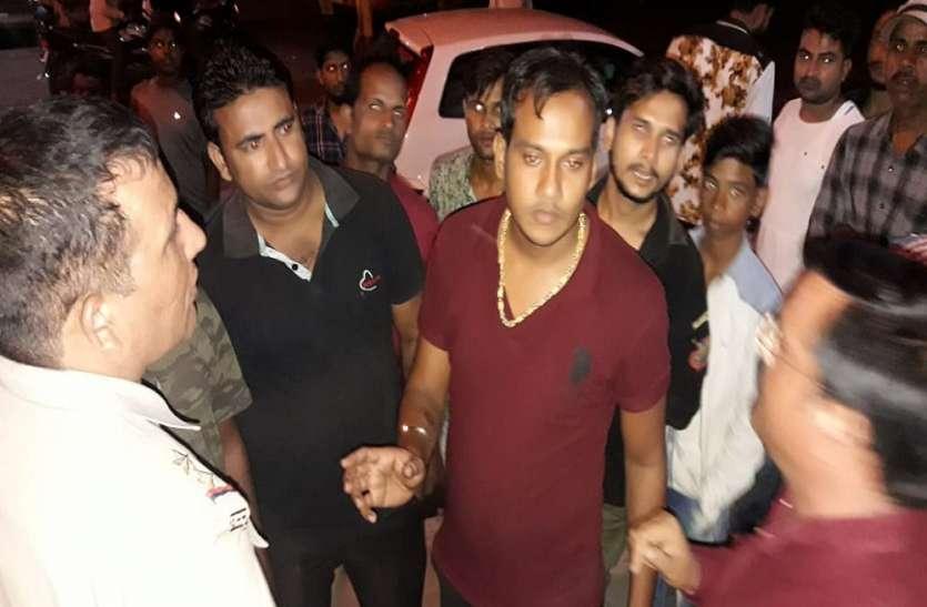 सर्राफा व्यापारी की दुकान में शराबी युवक ने काटा हंगामा