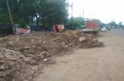 एमपी नगर की सडक़ों को गड्ढ़ों में कर दिया तब्दील