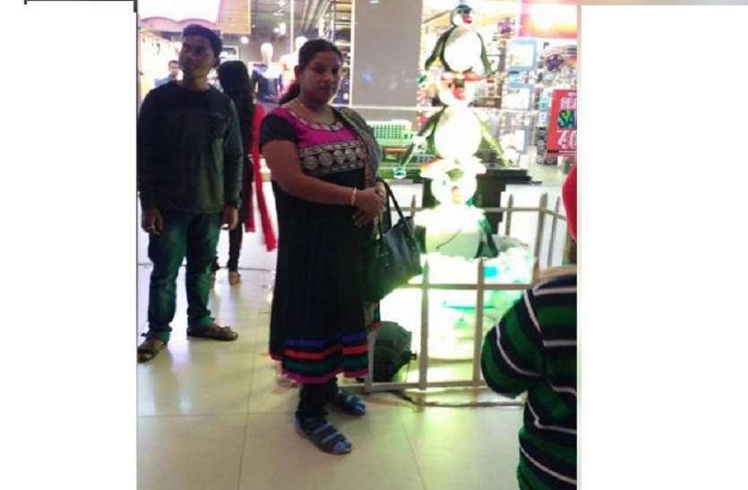 उत्तर कोलकाता के मुरारीपुकुर में डेंगू से महिला की मौत