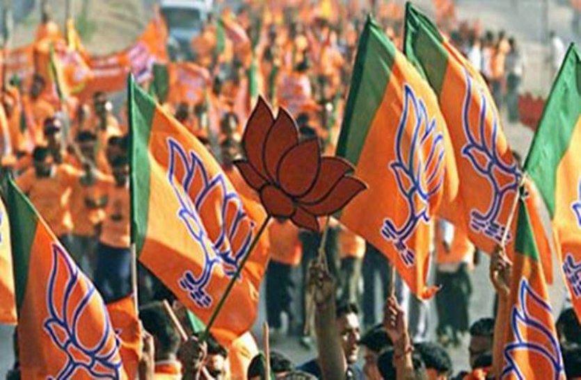 चुनावी हिन्दुत्व की ओर कांग्रेस, मुसलमानों का करती दुरूपयोग