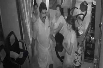 ब्यूटीपार्लर में महिला पर हमला करने वाला डीएमके सदस्य गिरफ्तार