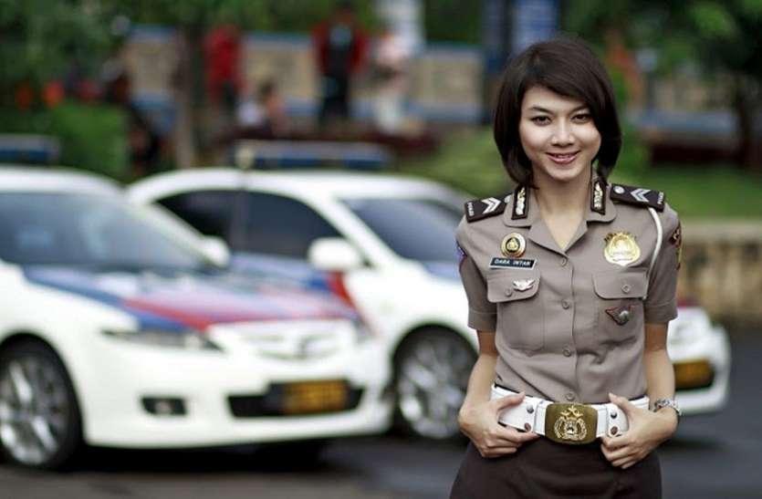 यहां पुलिस में भर्ती होने के लिए लड़कियों को देना पड़ता है अपनी इस निजी बात का सबूत, सिर्फ पुरुष करते हैं चेक!