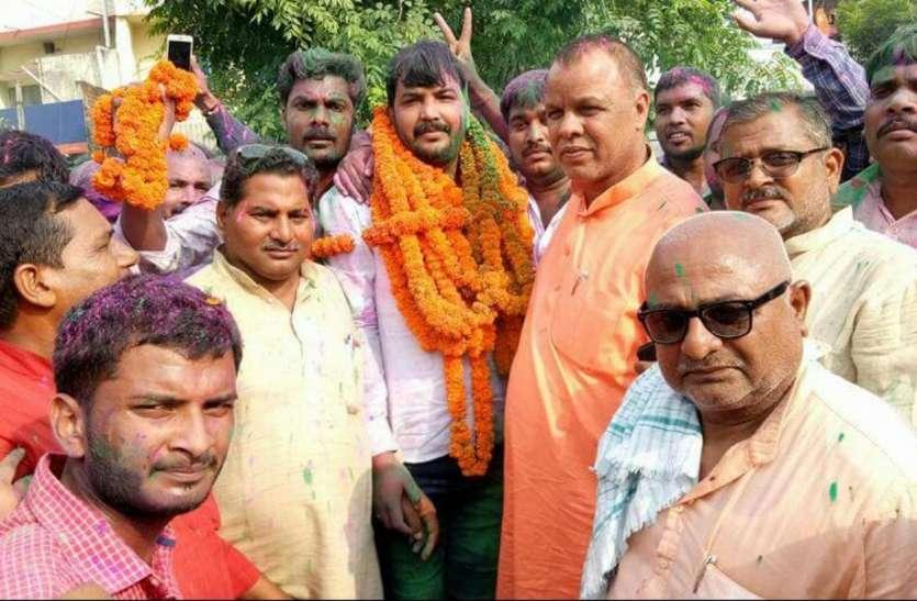 लोकसभा चुनाव के पहले भाजपा की बड़ी जीत, योगी के गढ़ में सपा को यहां मिली करारी शिकस्त