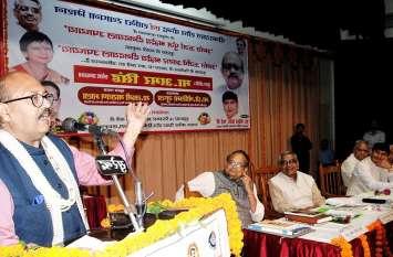 कांग्रेस पर अमर सिंह ने बोला जुबानी हमला, बेल पर हैं सोनिया-राहुल समेत कई नेता