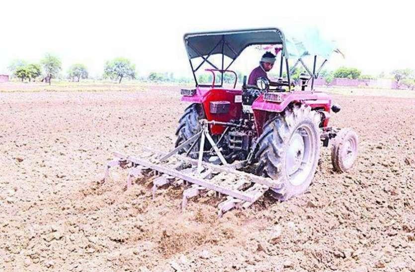 शासन दे रहा सब्सिडी फिर भी किसान नहीं ले रहे रुचि, मान रहे सरकार का छलावा