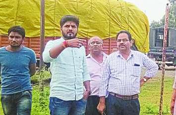 रेलवे ओवरब्रिज का कार्य चुनाव से पहले शुरू करने पर जोर