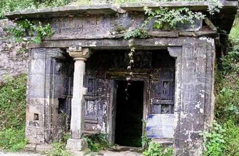 मंदिर में शिवलिंग के होते हुए भी नहीं की जाती इसकी पूजा, इस दोष के चलते लोग ऐसा करने को हुए मजबूर