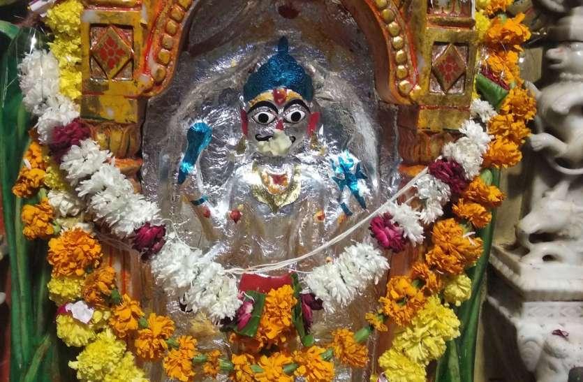 म्हारो भैरू बाबो एेसो रे लाडलो..., मंदिर में दिनभर गूंजते रहे बाबा के जयकारे