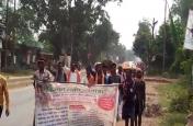 कर्ज माफी के लिए किसानों ने की पदयात्रा, कहा - रमन सरकार को हो उनके दर्द का एहसास