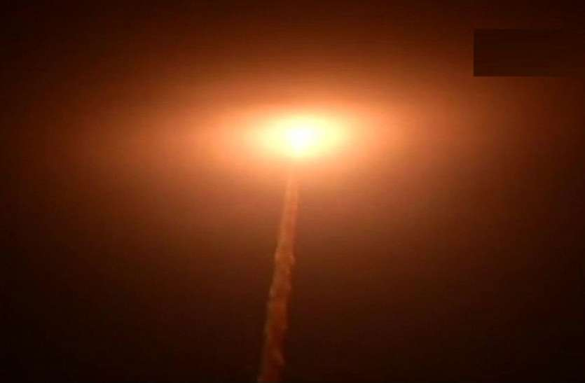 इसरो ने पीएसएलवी-सी 42 से लॉन्च किए ब्रिटेन के दो उपग्रह, 17 मिनट 44 सेकंड की रही उड़ान