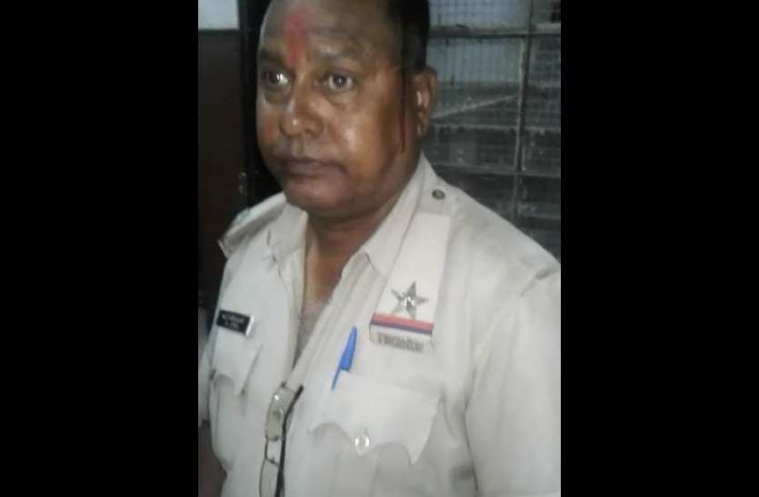 पुलिस खंगाल रही फुटेज, रेजिडेंट आज एक घंटा हड़ताल पर...एसपी ने कहा कि मामले में होगी उचित कार्रवाई