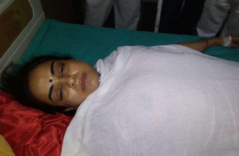 सपा सरकार में मंत्री संगीता यादव को पैसे के लिये पति सास और ससुर ने ही जलाया था, अस्पताल में दिया बयान