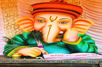 श्रीगणेश का दर्शन करने सुबह-शाम पहुंच रहे श्रद्धालु
