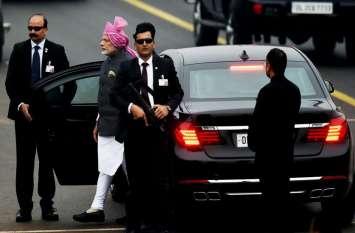 दुनिया की सबसे सेफ कार में चलते हैं PM नरेंद्र मोदी, तकनीक देख दुश्मन देश भी हो जाते हैं पस्त