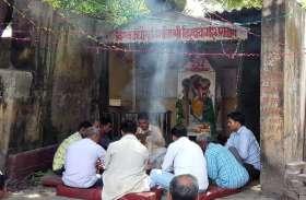 जगह-जगह धूमधाम से की गई विश्वकर्मा पूजा, देखें फोटो